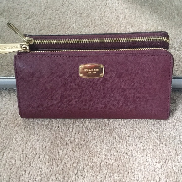 e9786f293263 Michael Kors Bags | Last Price Drop Ladies Wallet | Poshmark